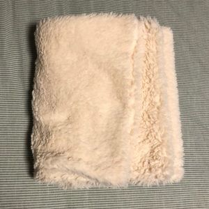 aerie Accessories - Oversize Sherpa Scarf in Ivory